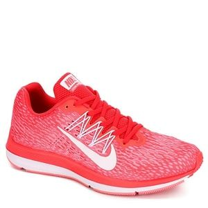 NEW Nike Winflo 5 Coral Athletic Shoes